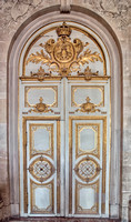 One of many many ornate doors at the Palace.