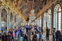 Hall of Mirrors, very popular and very crowded.