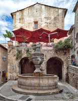 Bulb fountain in Saint-Paul de Vence (1850).